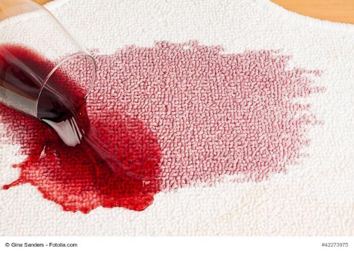 rotweinflecken entfernen anleitungen hausmittel und tipps. Black Bedroom Furniture Sets. Home Design Ideas