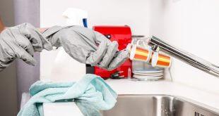 Kalk Adé – so erstrahlt Ihre Küchenarmatur in neuem Glanz